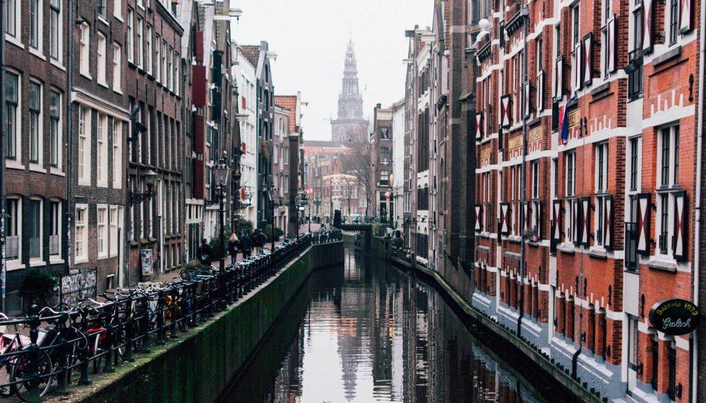 AmsterdamCanalBG
